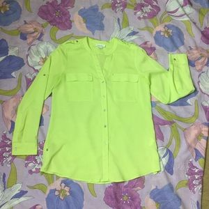 Like New Calvin Klein button down top, light green